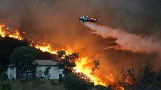 Калифорнийн түймрээр сураггүй алга болсон хүний тоо мянга давжээ