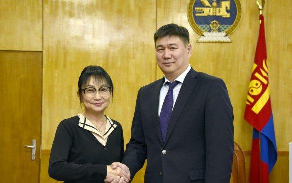 Ханнс-Зайделийн сангийн Монгол дахь төслийн удирдагчийг хүлээн авч уулзав