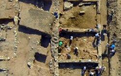Грекийн археологичид шинэ хотыг илрүүлжээ