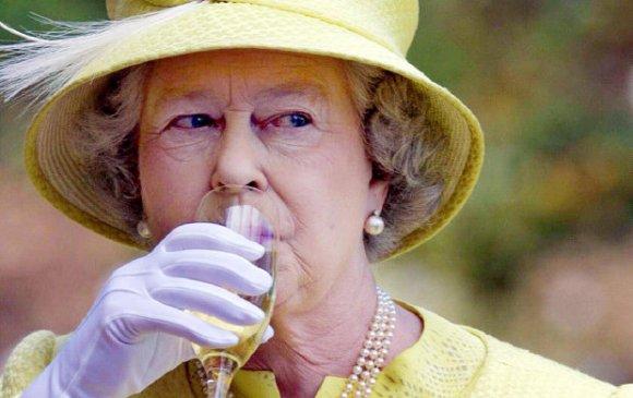 Английн хатан хааны этгээд зуршлууд