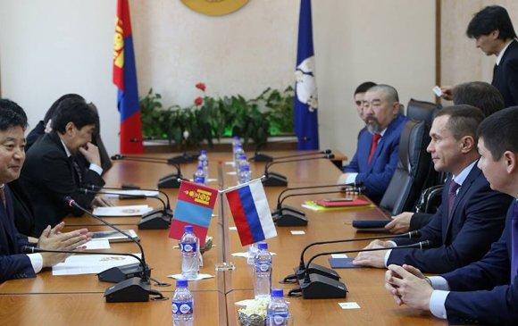 С.Батболд: Эрхүү хот Монголын сэхээтнүүдийг бэлтгэж байсан эрдмийн их уурхай юм
