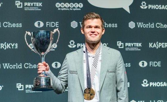 М.Карлсен дэлхийн аварга цолоо хамгаалав