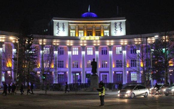21 барилгын фасадыг гэрэлтүүллээ