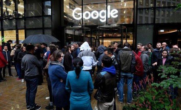"""""""Google""""-ийн ажилчид жагсаал хийж байна"""