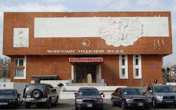 Монгол бахархлын өдөр Монголын Үндэсний музейд зочлоорой