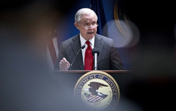 Трампын халаа сэлгээний ээлжит бай Ерөнхий прокурор