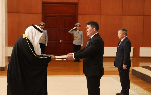 Кувейт улсаас Монгол Улсад суух Элчин сайд Итгэмжлэх жуух бичгээ өргөн барив