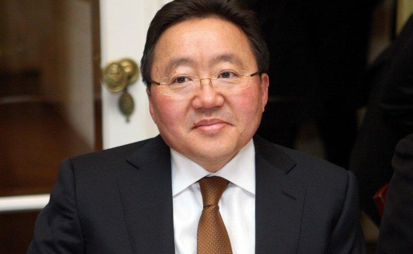 Ерөнхийлөгч Шанхайд ирлээ