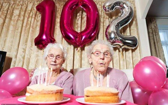 Британийн хамгийн өндөр настай ихрүүд 102 нас хүрчээ