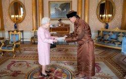 ИБУИНХУ-ын Цог жавхлант хатан хаанд ИЖБ-ээ өргөн барив