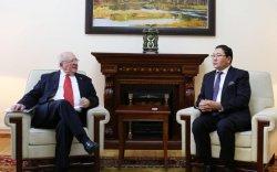Д.Даваасүрэн Чили улсаас Монгол улсад суух элчин сайдыг хүлээн авч уулзав