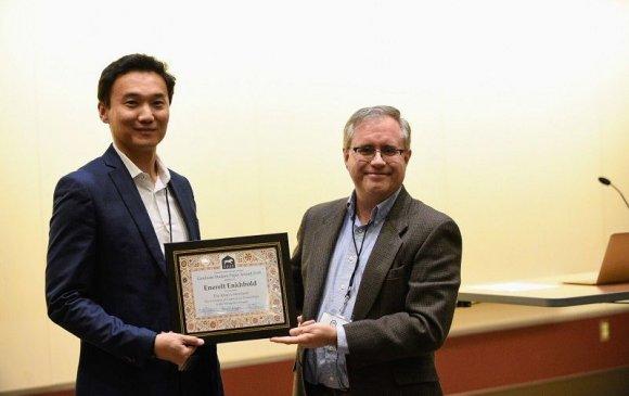 Төв Еврази судлалын нийгэмлэгийн шагналыг монгол эрдэмтэн хүртлээ