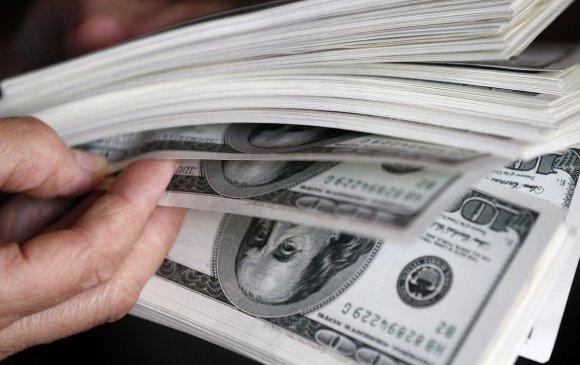 Оросын саятнуудын 70 хувь нь хөрөнгөө гадаадын банкинд хадгалуулдаг