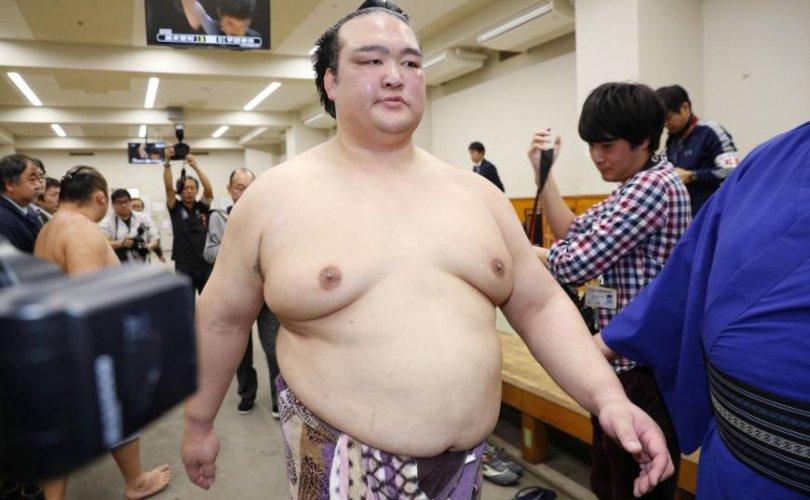 Кисэносато Кюүшюү башёг орхихоор боллоо