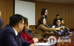 Сэтгүүлчид МАН-ыг бойкотлов