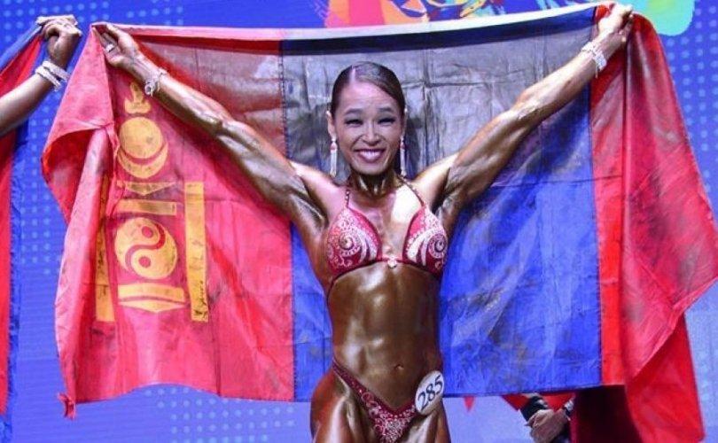 Г.Угалзцэцэг дэлхийн дөрөв дэх удаагийн аварга боллоо
