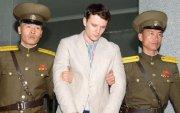 Хүүгээ алдсан эцэг, эх Хойд Солонгосоос нөхөн төлбөр шаардав