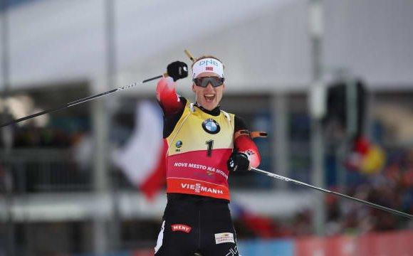 Норвеги биатлончдын давхар цохилт
