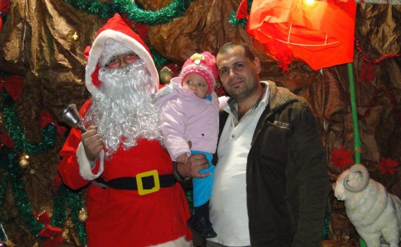 Дамаскт зул сарын баярыг өргөн дэлгэр тэмдэглэн өнгөрүүллээ