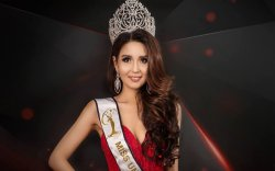 """Монгол үндэсний хувцас """"Miss Universe""""-ийн шилдэг дөрөвт багтжээ"""