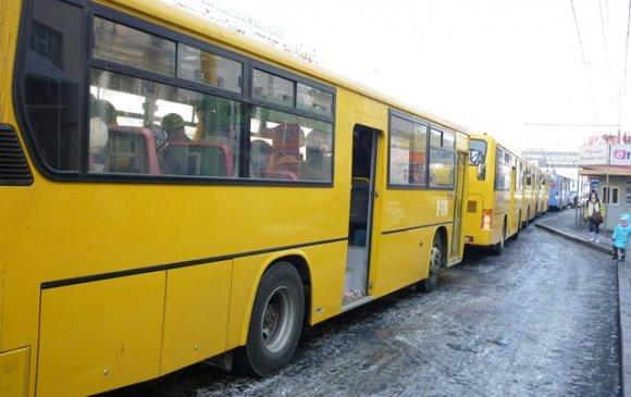 Автобусны жолооч явган зорчигч мөргөжээ