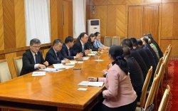 БНХАУ-ын Тяньжин хотын төлөөлөгчдийг хүлээн авч уулзлаа