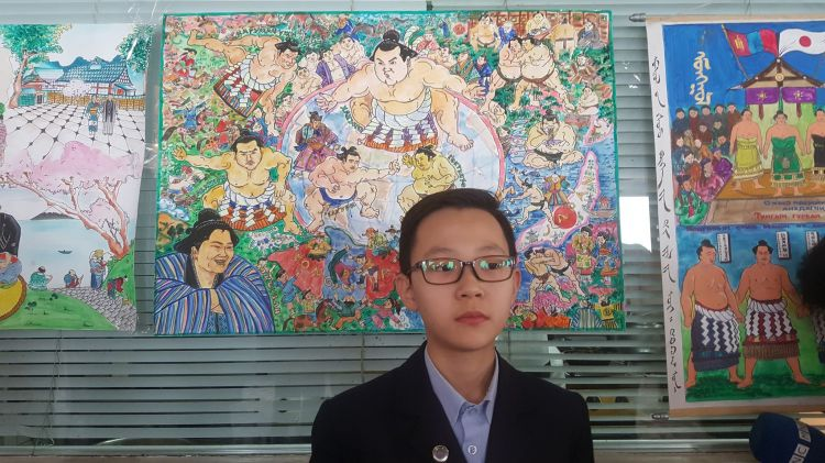 """""""Сумо-25"""" хүүхдийн гар зургийн уралдаанд сурагч Х.Хүслэн тэргүүн байр эзэллээ"""