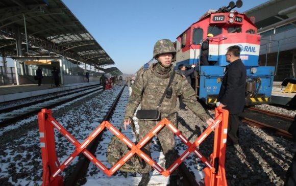 Өмнөд, Хойд Солонгосыг холбосон төмөр замын нээлт болно