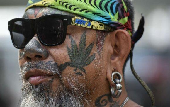 Шинэ жилийн бэлэг: Тайланд улс эмчилгээний зорилгоор марихуан хэрэглэхийг зөвшөөрчээ