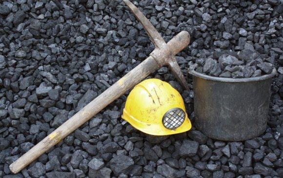 Нүүрсний уурхайд 15 уурхайчин гацжээ