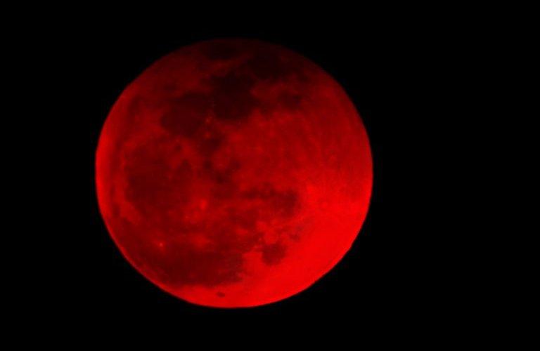Ирж буй 2019 онд цусан улаан сар мандана