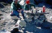 Гималайн нуруунд 30 жилийн өмнө сураггүй болсон уулчдын цогцсыг олжээ