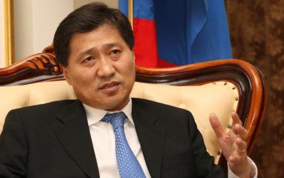 С.Батболд дэлхийн Зүүн төвийн улс төрийн хүчнүүдийн цахим хуралд илтгэл тавив