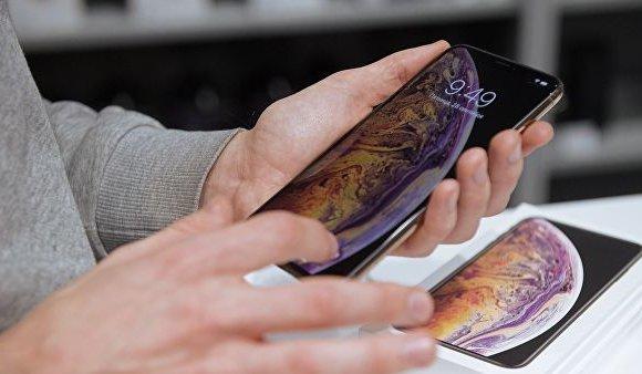 Орост зарагдаж байгаа iPhone болон Mac-даа вирусын орос программ суулгахыг шаардана