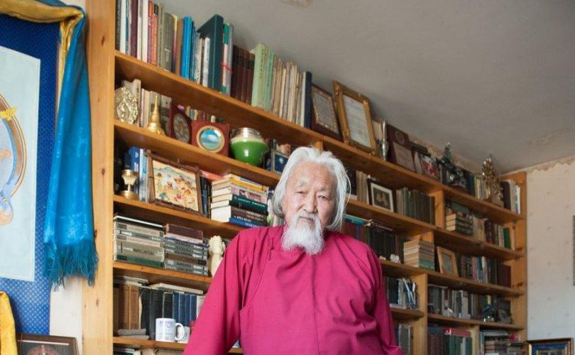 Д.Урианхай: Монголын яруу найраг дэлхийд гологдохгүй