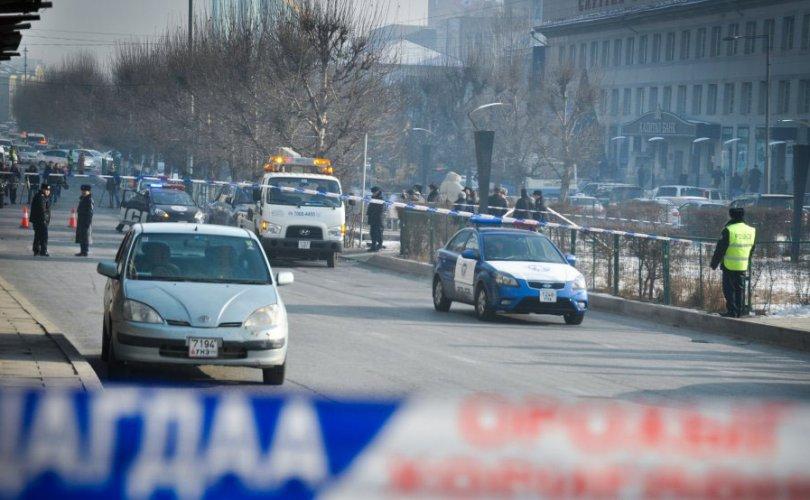 Ослын улмаас гурван хүн хүнд бэртэж, нэг хүн нас баржээ