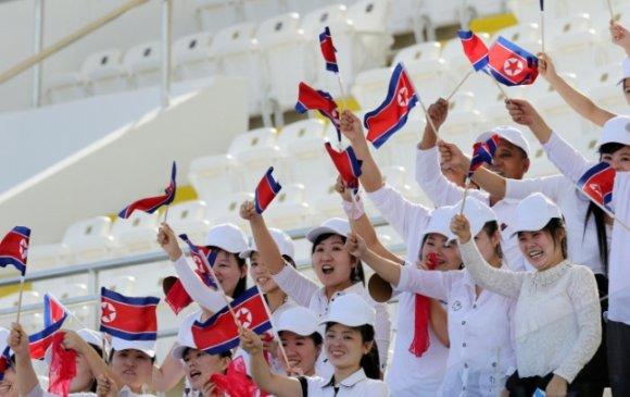 Хойд Солонгосын бүсгүйчүүд Арабад очив