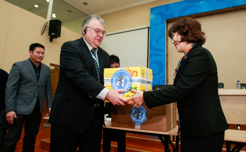 ДЭМБ Монголд 500 тун тамифлю хандивлалаа