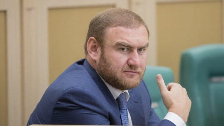 Оросын парламентын гишүүнийг чуулганы танхимаас баривчлав