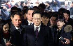 """Өмнөд Солонгосын """"чэбол"""" буюу элит гэр бүлүүд"""