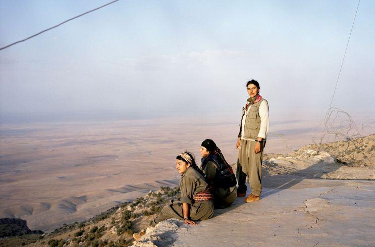 Курдын дайчдын 30-40 хувь нь эмэгтэйчүүд