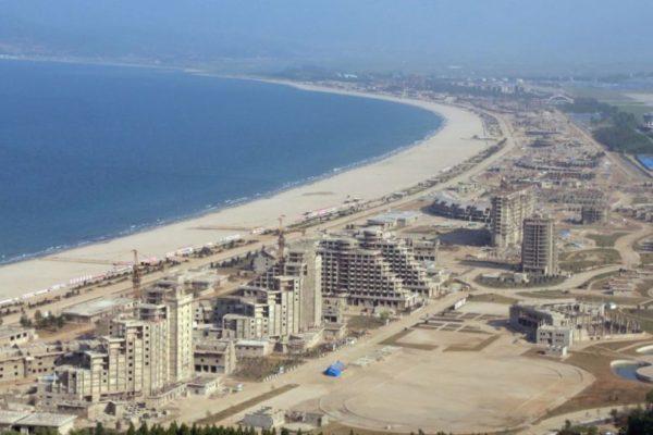 Хойд Солонгост далайн эргийн амралтын газар нээгдэнэ