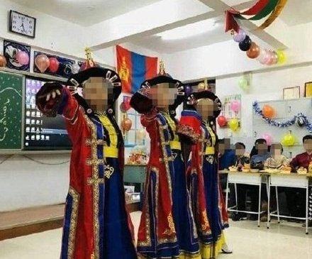 Монголын тугийг өлгөсөн хэрэг Хятадад шуугиан тарьж байна