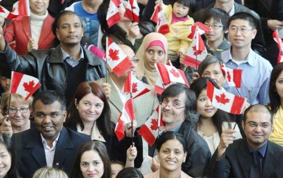Канад улс нэг сая цагаач хүлээн авна