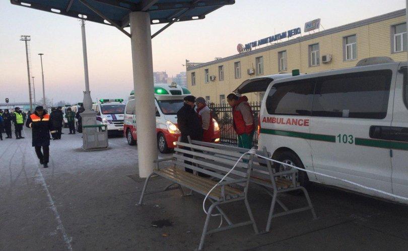 Замын-Үүдэд осолдсон иргэдэд эмнэлгийн тусламж үйлчилгээ үзүүлж байна