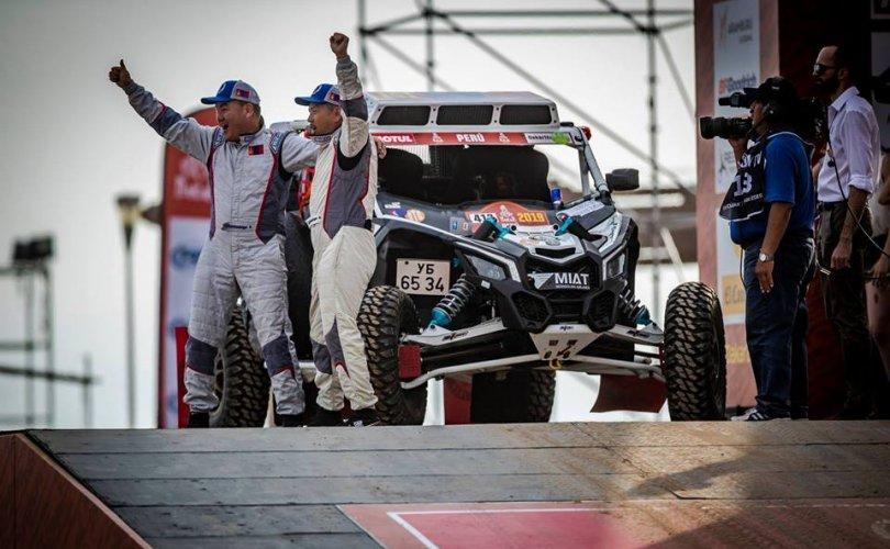 ДАКАР РАЛЛИ: Монголын баг гараагаа амжилттай эхлүүлэв