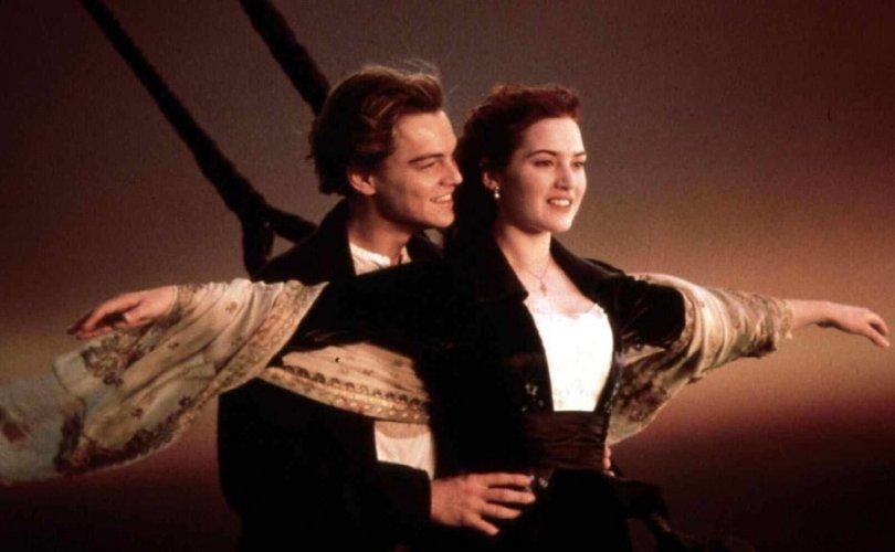 Титаник хөлөг рүү 100 мянган ам.доллараар аялуулна