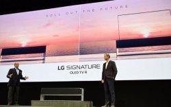 LG компани хуйлагддаг телевизээ танилцууллаа