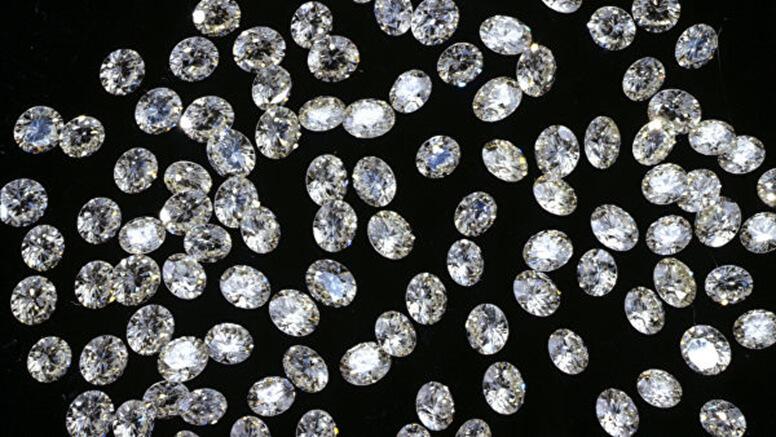 ОХУ: Таримал алмааз ихэсч байгааг Сангийн яам анхааруулав