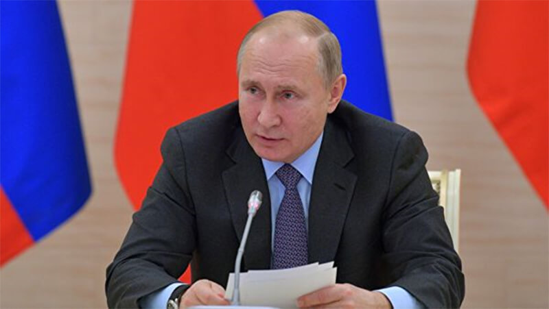 Путин гар утас хэрэглэдэггүй